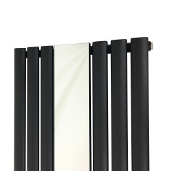 Queen Black Mirror Radiator - 499 x 1800mm